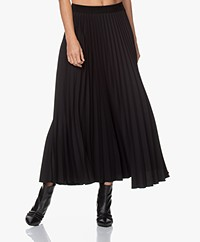 LaSalle Plissé Maxi Skirt - Black