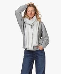 Alpaca Loca Handgemaakte Uni Sjaal in Alpaca - Lichtgrijs