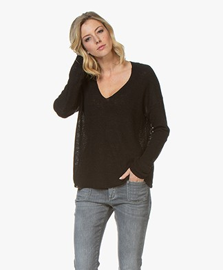Drykorn Linna Linen Blend Knitted V-Neck Rib Sweater - Black