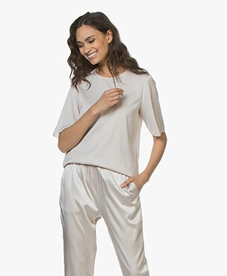 Filippa K Silk Tee - Mousse