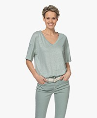Drykorn Svennie Linen V-neck T-shirt - Sage Green
