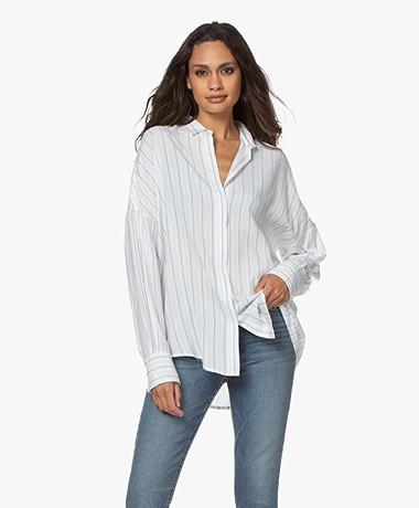 IRO Markina Gestreepte Overhemdblouse van Viscose - Wit/Blauw