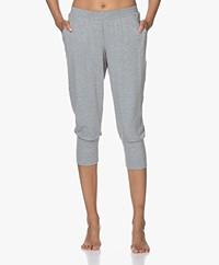 HANRO Yoga Cropped Modal Jersey Pants - Grit Melange