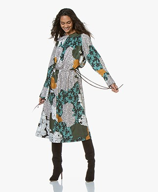 By Malene Birger Niella Midi Print Jurk - Misty Green