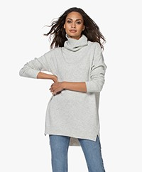 Resort Finest Selva Cashmere Blend Sweater - Grey Melange