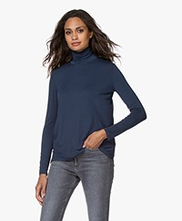Majestic Filatures Superwashed Jersey Turtleneck Longsleeve - Bleu nuit