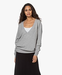 extreme cashmere N°38 Be Low Cashmere V-neck Sweater - Grey
