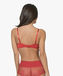 SPANX® Undie-tectable Lace Hi-Hipster - Rood