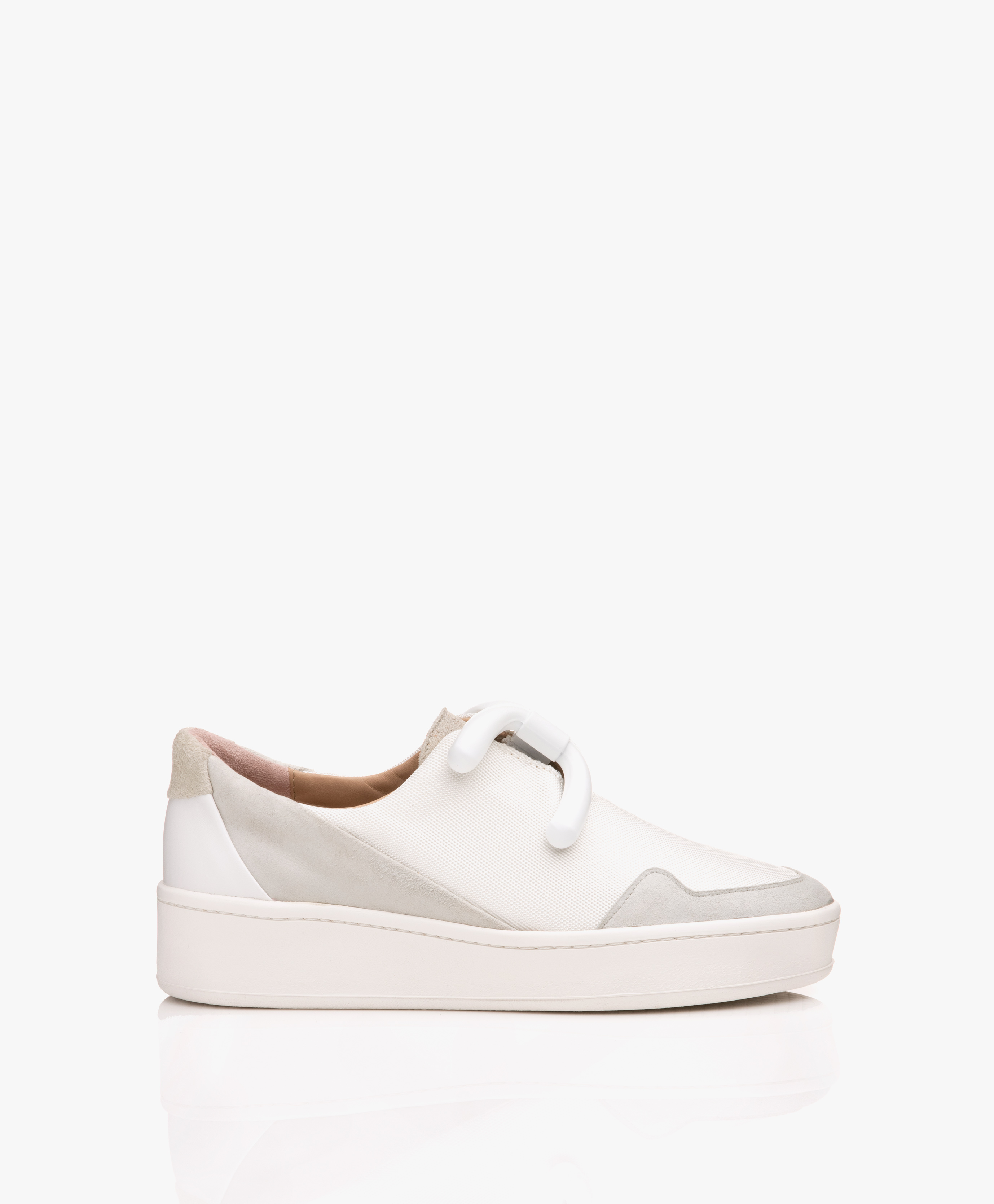 Immagine di An Hour And A Shower Sneakers Knot Camp Slip on in White/Grey/Beige