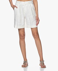Closed Janie Pleated Bermuda Shorts - Ivory