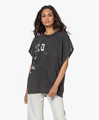 IRO Grungy Katoenen Print T-shirt - Black Stone