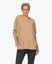 Resort Finest Cape V-neck Cashmere-Silk Blend Sweater - Camel