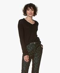 indi & cold Alpaca Blend V-neck Sweater - Black