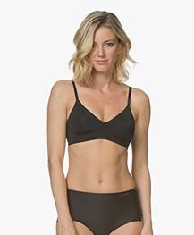 Calvin Klein Form Unlined Triangle BH - Zwart
