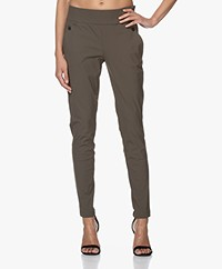 Woman by Earn Amber Tech Jersey Broek - Army
