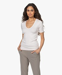 Majestic Filatures Soft Touch V-Hals T-Shirt - Pétale