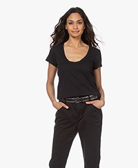 Rag & Bone The Slub Katoenen U-hals T-shirt - Zwart