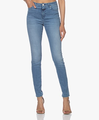 Closed Lizzy Super Stretch Denim Skinny Jeans - Mid Blue