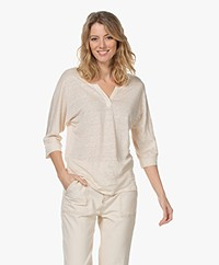 Josephine & Co Lena Linnen Split Neck T-shirt - Sand