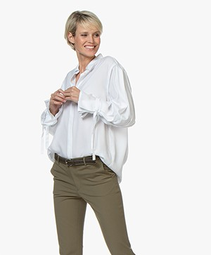 Repeat Tencel Blouse met Strikmanchetten - Wit