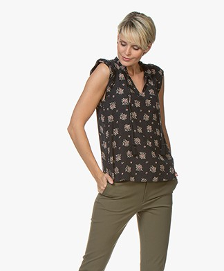 indi & cold Sleeveless Blouse with Print - Black