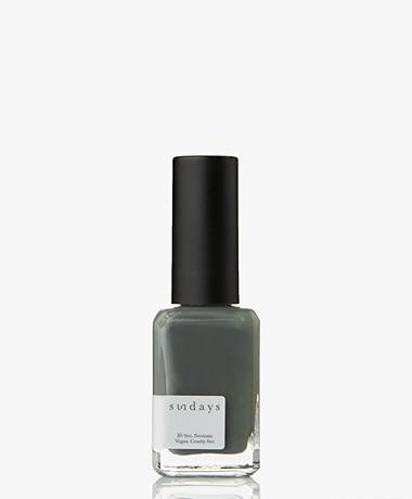 Sundays Opaque Nr. 32 Non-Toxic Nail Polish - Suede Grey