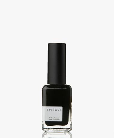 Sundays Opaque Nr. 42 Nail Polish - Onyx Black