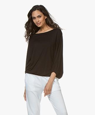 BY-BAR Joy T-shirt met Vleermuismouwen - Zwart