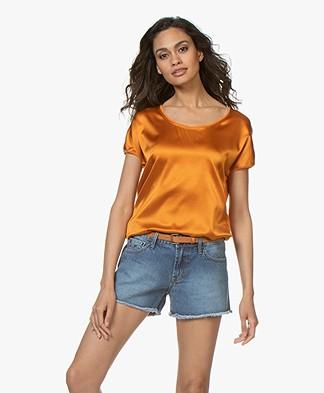 Kyra & Ko Myrna T-shirt met Zijden Voorpand - Oranje