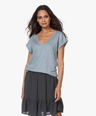 by-bar Mila Linnen V-hals T-shirt - Cloud