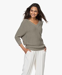 by-bar New Lune V-neck Sweater - Olive