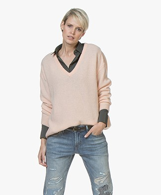 American Vintage Vikiville V-neck Sweater - Sugared Almond