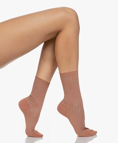 Filippa K Lurex Rib Sokken - Pink Cedar