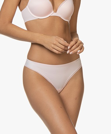 Calvin Klein Liquid Touch Thong - Nymph's Thigh