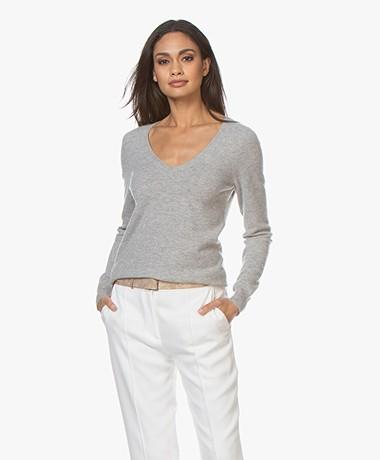 Repeat Cashmere V-neck Pullover - Silver Grey