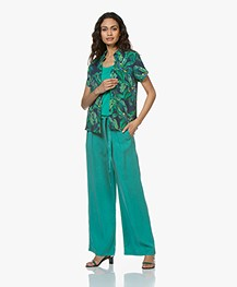 indi & cold Crepe Blouse with Tropical Print - Indigo