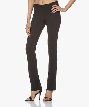 Woman by Earn Nora Flared Tech Jersey Broek - Navy