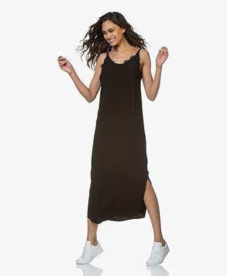 a02be2a5310 ba sh Yoyo Viscose Crepe Midi Dress - Black