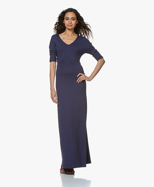 e804e4cc3816b1 Home  »  jurken  »  a-lijn · LaSalle. Viscose Jersey Maxi-jurk Donkerblauw