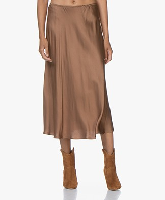 Resort Finest Frivo Satijnen Midi Rok - Camel