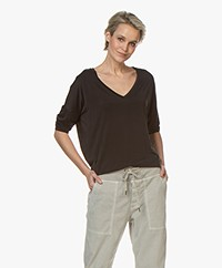 Drykorn Venja Cupro Cropped Sleeve T-shirt - Zwart