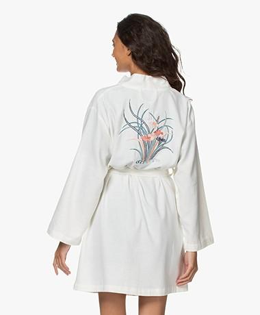 HAMMAM34 Iris Geborduurde Katoenen Kimono - Wit