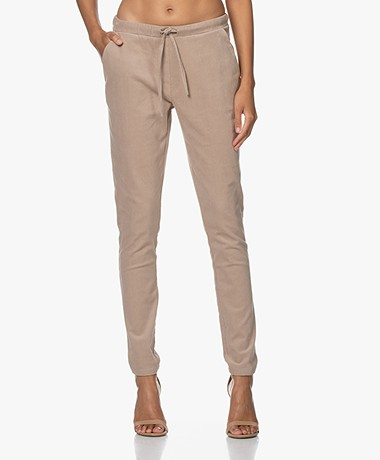 Woman by Earn Fae Corduroy Broek - Zand