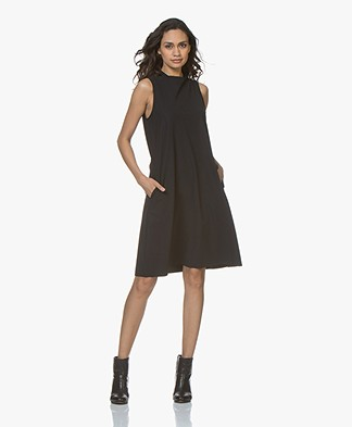 JapanTKY Amyas Travel Jersey Sleeveless A-line Dress - Black