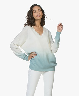 Repeat Cashmere Gradient V-neck Sweater - Cream/Ice Green