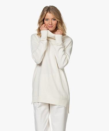 Resort Finest Selva Cashmere Blend Sweater - Ecru