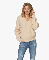 Closed Fisherman's V-neck Sweater - Linen White