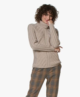 Repeat Rib Knitted Sweater with Cashmre - Sand