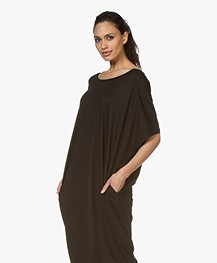 a4b29a2f9795eb Home  »  jurken  »  recht · BRAEZ. Oversized Jersey Jurk Zwart