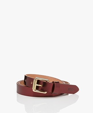 Closed Narrow Metallic Leather Belt - Dark Aubergine